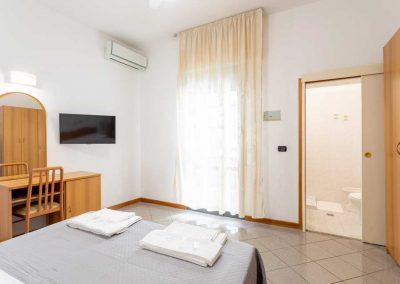 Hotel-Rosalba-Camere-Economy-04